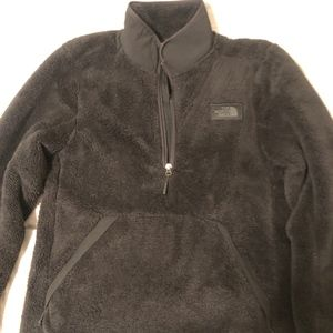North Face Fuzzy Sweater Mens Small